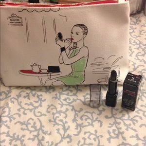 BRAND NEW CLARINS COSMETICS POUCH