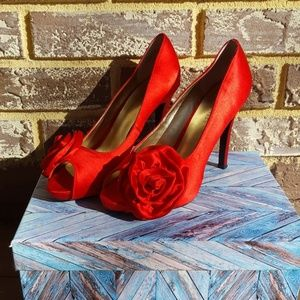 Nine West RED heels, with rose detail