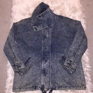 Dark acid washed jean jacket