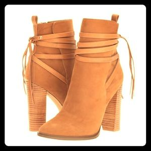 BRAND NEW Tan Steve Madden Ankle Boot