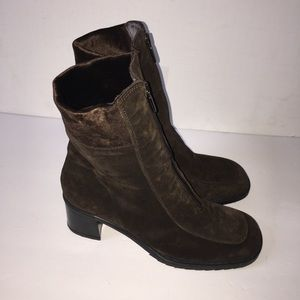 Aquatalia by marvin k ankle boots suede brown 8.5