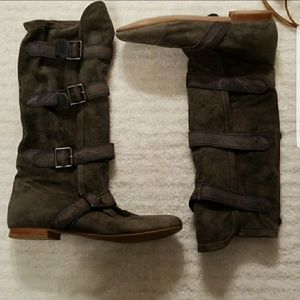 Jeffrey Campbell gray suede buckle boots sz 9