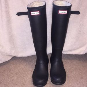 Matte black hunter rain boots