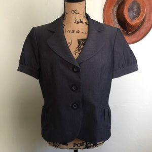 Tahari blue striped short sleeve blazer jacket