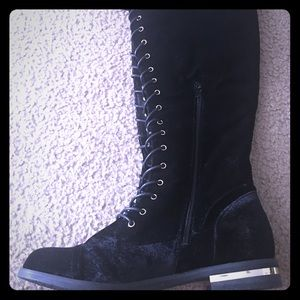 High Knee Boots lace up black