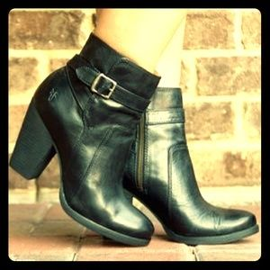 Frye patty bootie with buckle