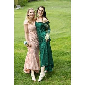 Emerald green lace prom dress