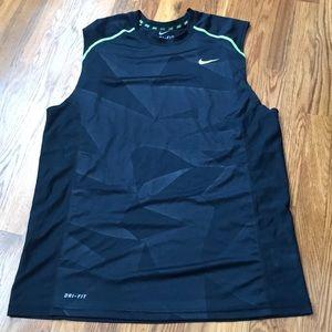 Nike mens top sz L worn once