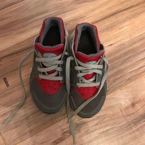 Toddler Nike Hiraches