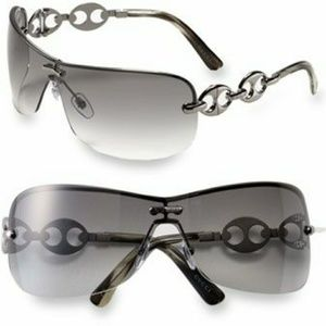 Gucci Marina Chain Shield Sunglasses
