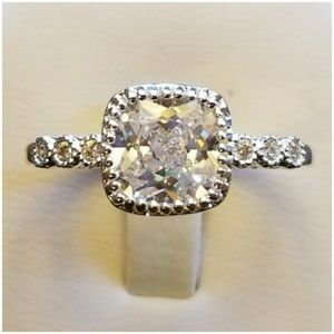 Jewelry - Genuine 2.5ct White Sapphire Ring Size 10