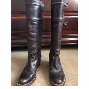FRYE Jane boot dark brown