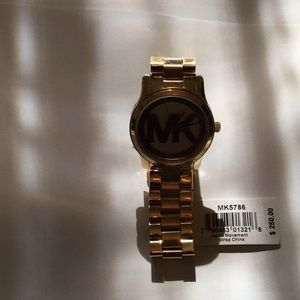 Michael Kors Jewelry - Michael Kors Runaway 5786 NWT