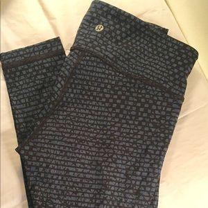 Brand new, never worn lululemon leggings, size 6
