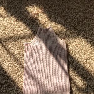 Soft pink knitted halter