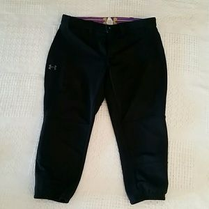 Under Armour athletic softball pants crop Med