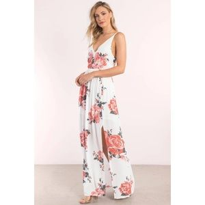 TOBI ivory rose maxi dress 🌹