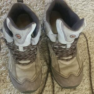 MERRELL vibram waterproof hikers