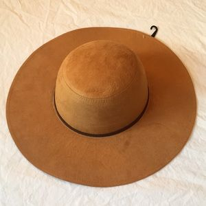 Brand new faux suede hat