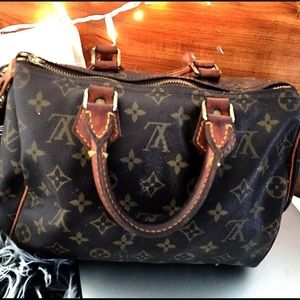 🐝Vintage Louis Vuitton speedy 25