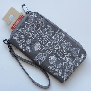 Mossimo wristlet wallet
