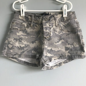 Camouflage Low Rise Shorts by Cello Jeans Size S
