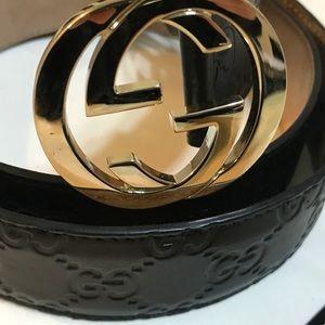 Gucci Women's GG Signature black leather belt 90