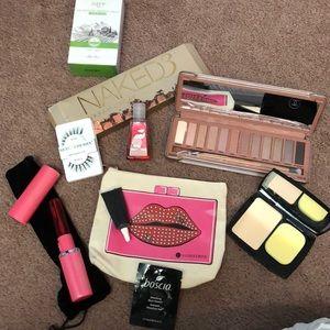 Random makeup bundle