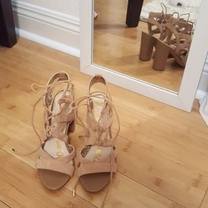 Like New Sam Edelman Strappy Nude Heels