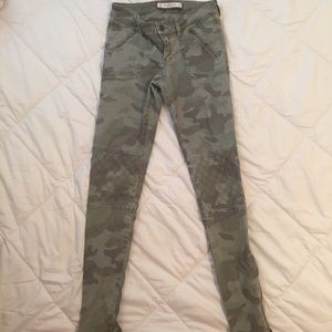 A&F Camouflage Pants