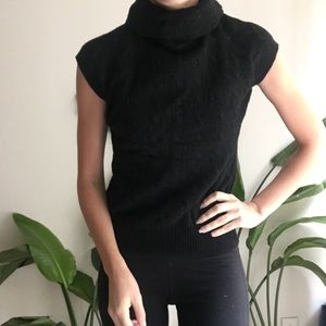 Cozy Ralph Lauren cashmere blend cableknit sweater