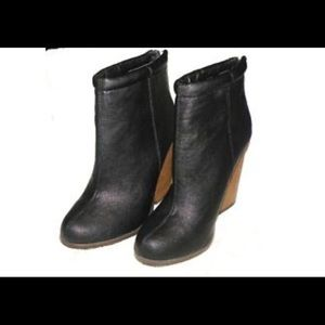 TORRID Sz 11W Stacked Heel Ankle Boots