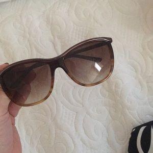 Kate spade sunglasses !