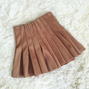 Forever 21 camel pleated high waisted skirt