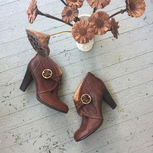 Frye Vicki Booties Size 10