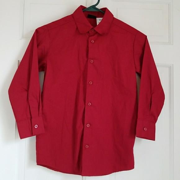 b6ec4b22d4dc Boys button up shirt. M 5a316ee699086af5d10151c4