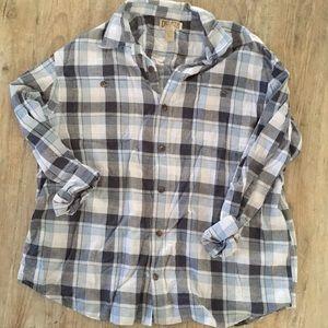 Men's Duluth button down flannel