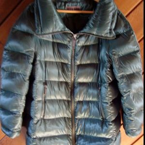 Peserico Down Jacket in green size 48 or US sz XL