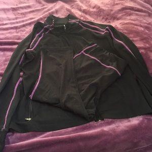 GapBody xxl zip top and Capri legging