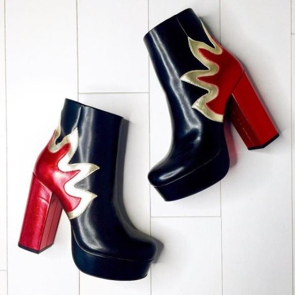 6351bfa01800 Forever 21 Flame Heeled Platform Boots