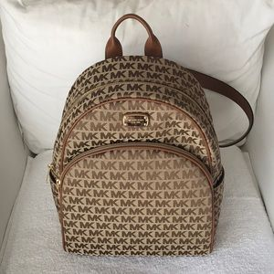 Michael Kors Abbey Large Backpack