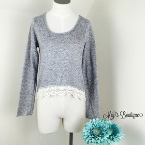 Sweaters - ⭐️Elegant Gray Vintage Sweater Size Small⭐️
