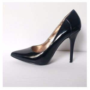 Steve Madden - Classic Patent Leather Pumps Black