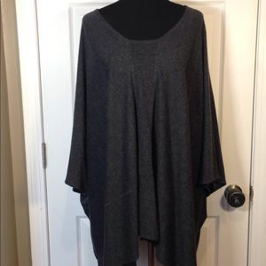 NWT ! Elizabeth and James gray poncho cape