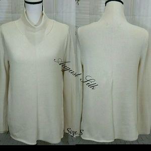 August Silk Size S Oversized Cream Women's Sweater