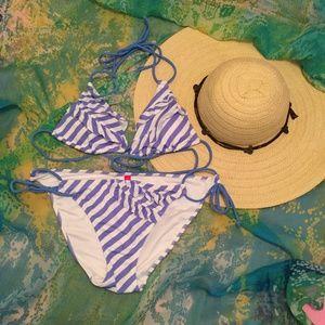 VS Ruffle Triangle Bikini