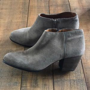 Lucky brand booties sz 10