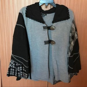 NWT GORGEOUS PATCHWORK WOOL PONCHO SIZE L