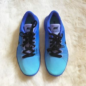 Nike Flex Supreme Blue Sneakers