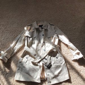 Almost brand new trench coat